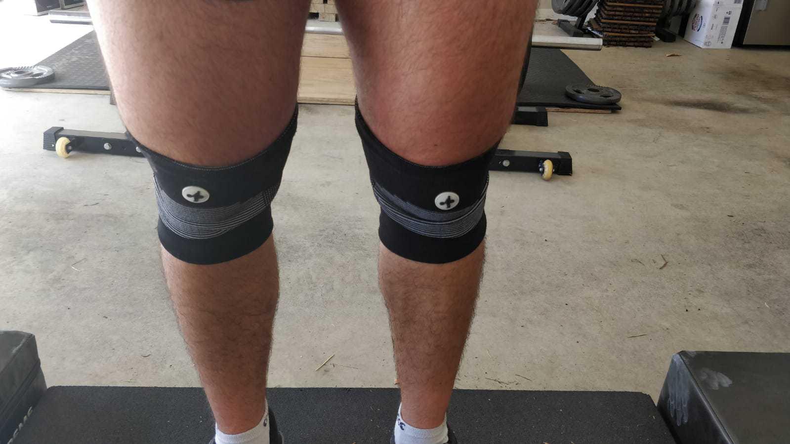 Hookgrip Knee Sleeves Slipped Down